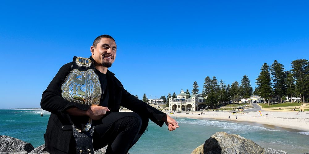 Robert Whittaker poses for a photo at Cottesloe Beach after a UFC 221 media opportunity on October 31, 2017 in Perth, Australia.  (Photo by Daniel Carson/Getty Images)