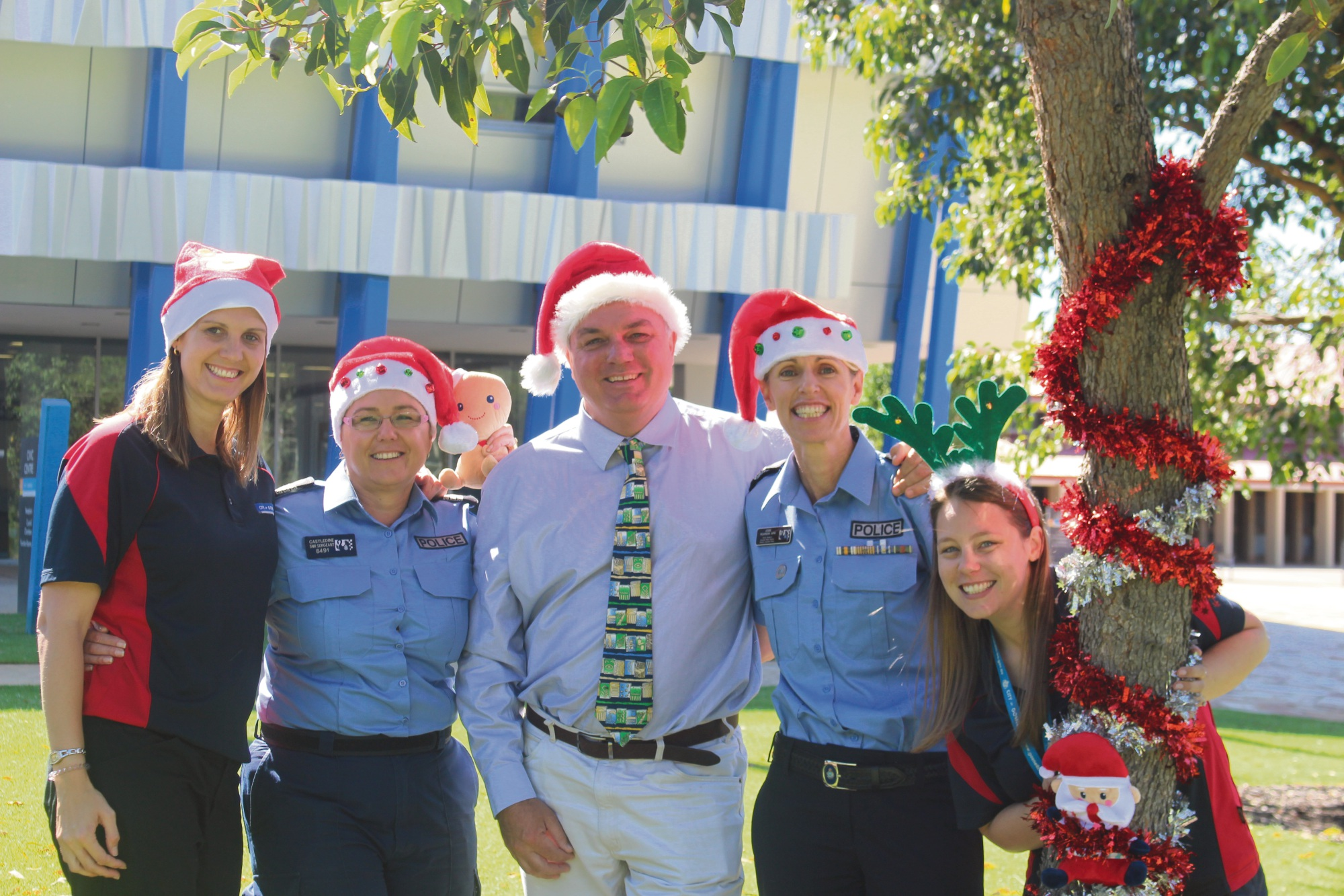 (L-R) Gosnells community safety officer Janelle Patterson, Canning Vale police officer in charge Shandell Castledine, Gosnells mayor Glenn Dewhurst, Gosnells police office in charge Jodie Pearson and Gosnells project officer of community development and safety Sam Wenban.