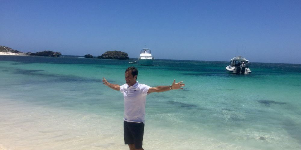 Hopman Cup: Roger Federer and Belinda Bencic sweep Sugita and Osaka