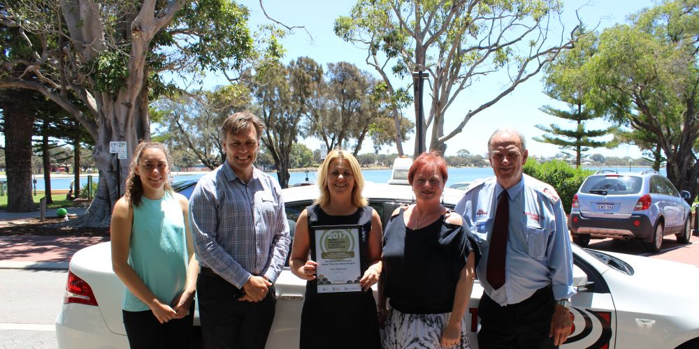 Members of the Mandurah Liquor Accord with the Injury Prevention and Safety Promotion Award.