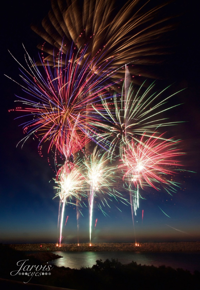WestCoast Fireworks provided the New Year's Eve display at Mindarie Marina. Pictures: Jarvis Eyes