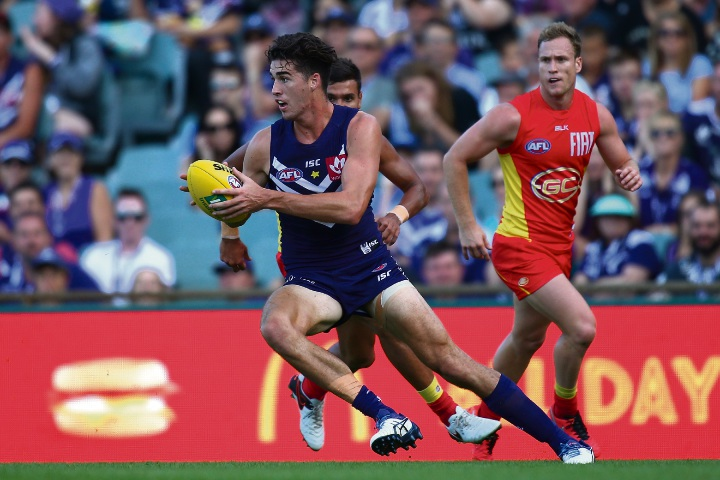 AFL: Alex Pearce extends contract with Fremantle Dockers
