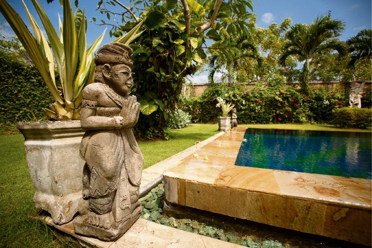 Creating a Balinese garden paradise.