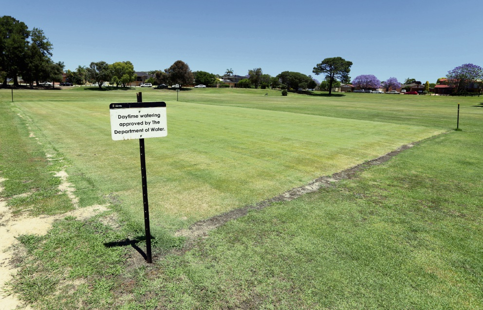 The Melville Residents and Ratepayers Association have triggered a special electors meeting aiming to stall development of facilities at Bert Jeffery Park until a number of boxes are ticked.
