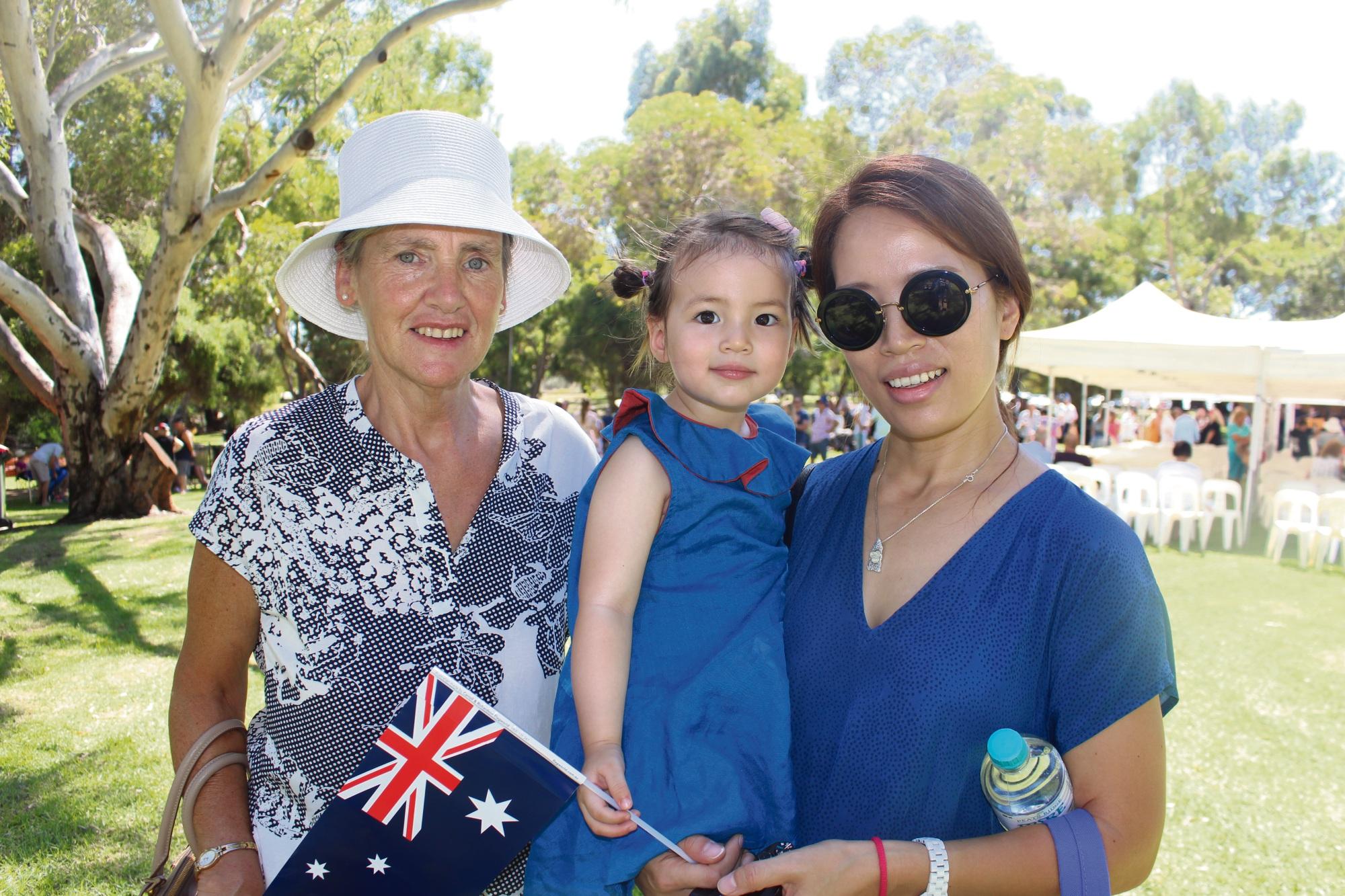 Pauline Boland, Olivia Boland and Soyoung Shin.