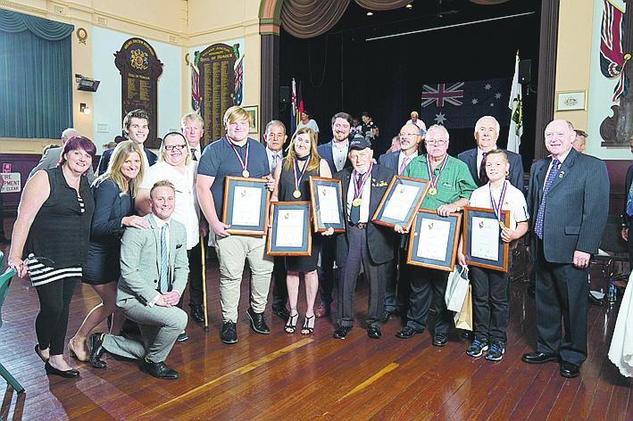 Award recipients and councillors.