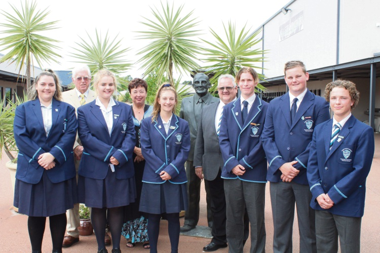 Serpentine Jarrahdale Grammar School 2018 Prefects with (left to right) Ken Court, Principal Ms Patricia Rodrigues and Board Chair David Gossage.