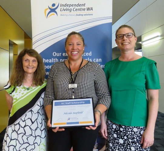 Nicola Seafield receives her scholarship by ILC board chairwoman Melissa Bramley (right) and board member Kay Cox (left).