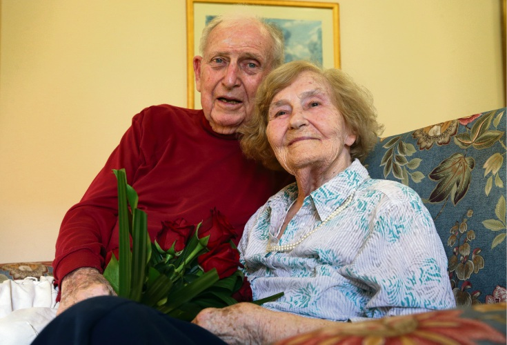 Frank and Norma Platell. Picture: Martin Kennealey www.communitypix.com.au d479239