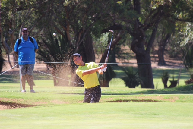 Min Woo Lee recovers from a bunker at Lake Karrinyup Golf Course.