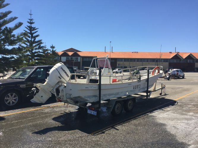 The boat was towed to shore. Picture and videos: Martin Kennealey