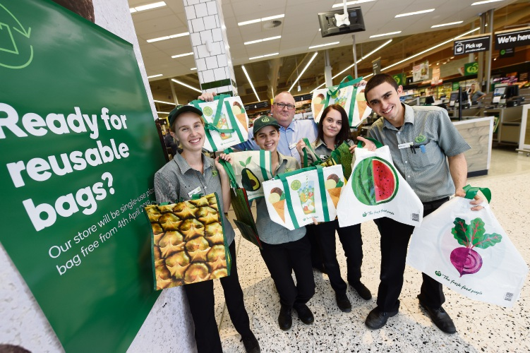 Woolworths stores in Singleton, South Fremantle and Cottesloe first to ban single use plastic bags; ahead of statewide ban in July