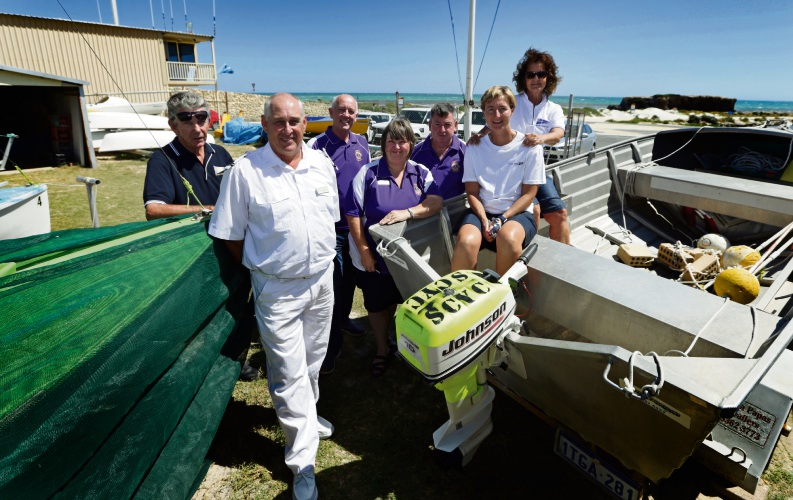 Hans Queisser and Wayne Hartas from Sun City Yacht Club, Paul Miles, Sue McDonald and Les McDonald from Wanneroo Lions Club and Sun City Yacht Club's Sonet Coetzee and vice commodore Dana Queisser.
