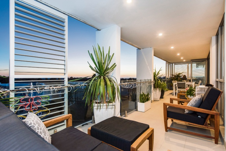 7/2 Flourite Way, Carine – Offers by March 1