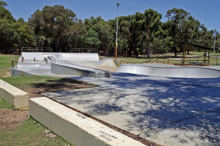 There have been complaints about bad behaviour at Carine Skate Park. d479487