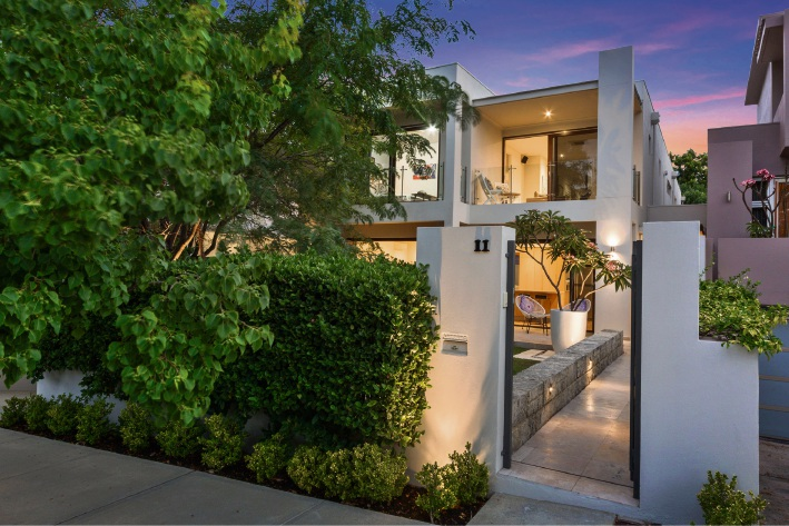 11 Lillian Street, Cottesloe – Offers by March 12