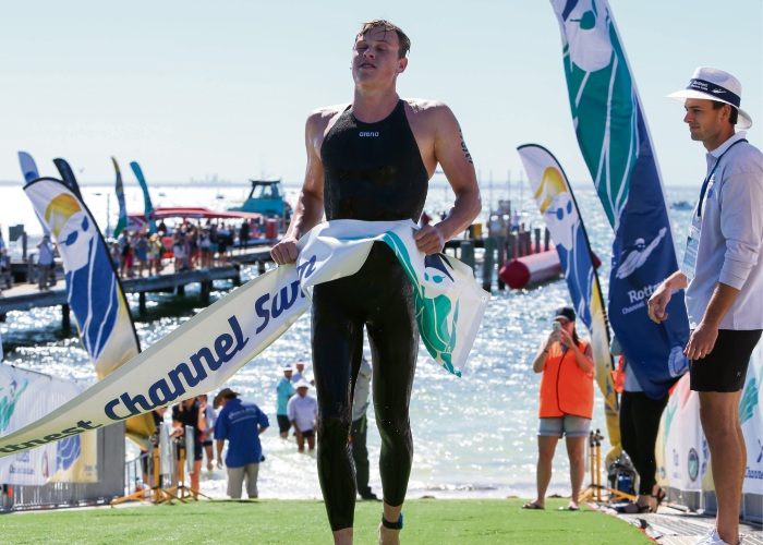 Wright breaks Rottnest Channel Swim record