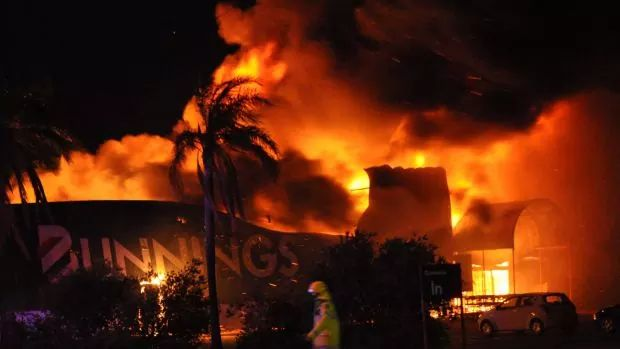 Residents evacuated after Inglewood Bunnings catches fire during night markets