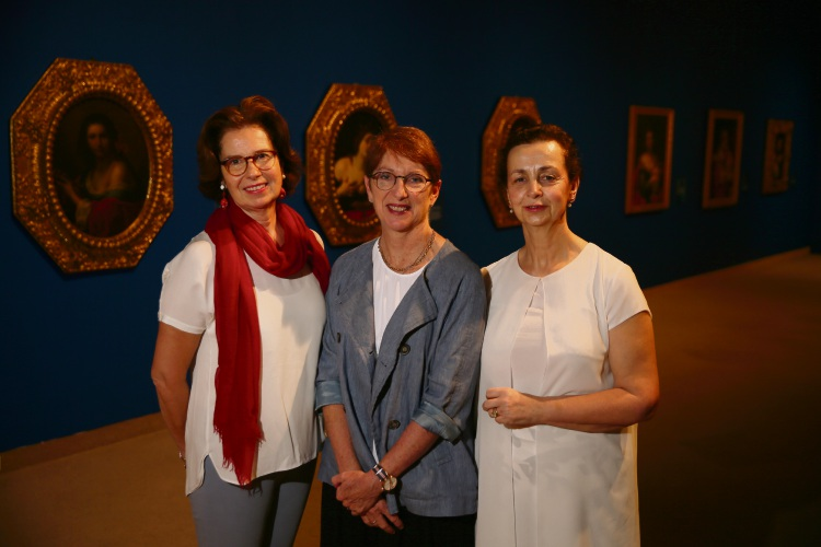 L to r: Countess Livia Branca, Melissa Harpley and Countess Elisabette Minutoli. Picture: Andrew Ritchie