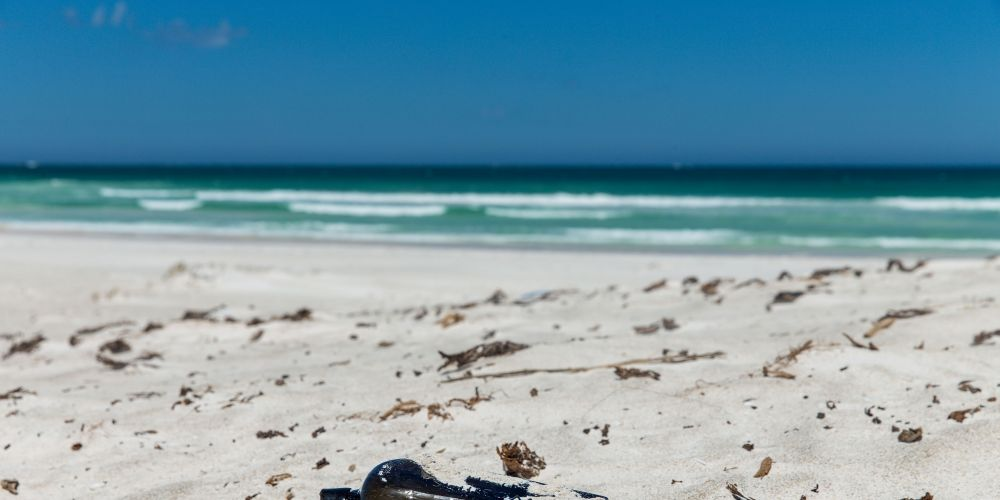 On Aussie Beach, the World's Oldest Message in a Bottle