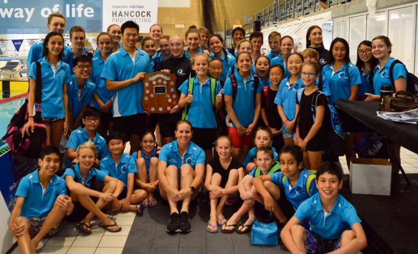 The C Division winning Riverton Aquanauts team.