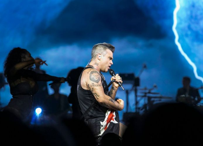 Robbie Williams on stage at Perth Arena. Pictures Kelly Pilgrim-Byrne