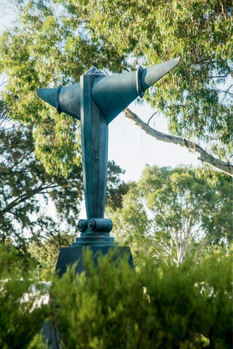 Ionis: new sculpture pays tribute to St John of God Murdoch Hospital volunteers