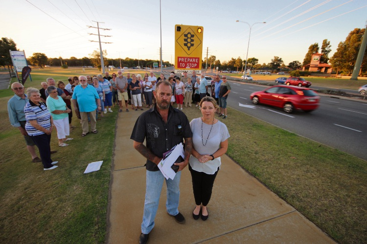 Rohan and Shelley Criddle, of Tapping, with concerned residents from Wanneroo, Tapping and Carramar.