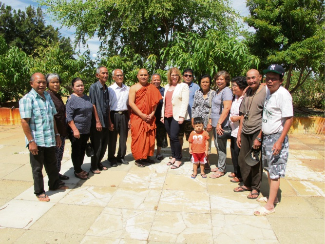 Venerable Oeun Sam and West Swan MLA Rita Saffioti (centre) with Cambodian Welfare and Cultural Centre WA members.
