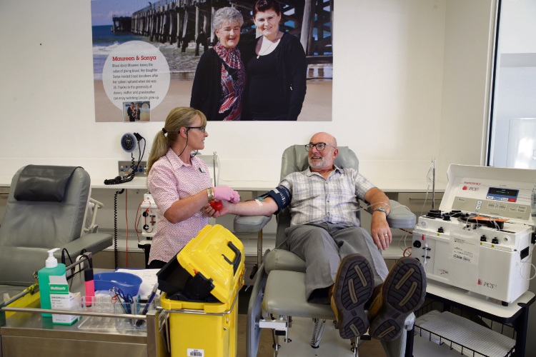 Enrolled nurse Darlene Hall with Henry Milner (Burns Beach) at the Edgewater Blood Donor Centre. Photo: Martin Kennealey