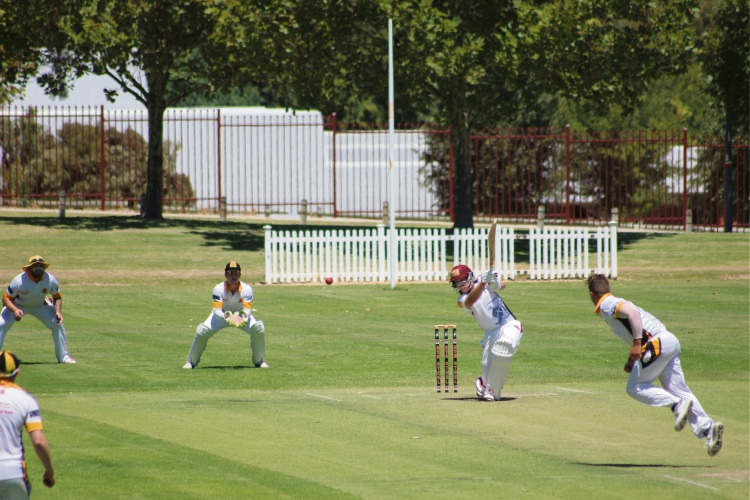 The White Knights Cricket Club had a successful 2017/18 season with three teams making the grand final.