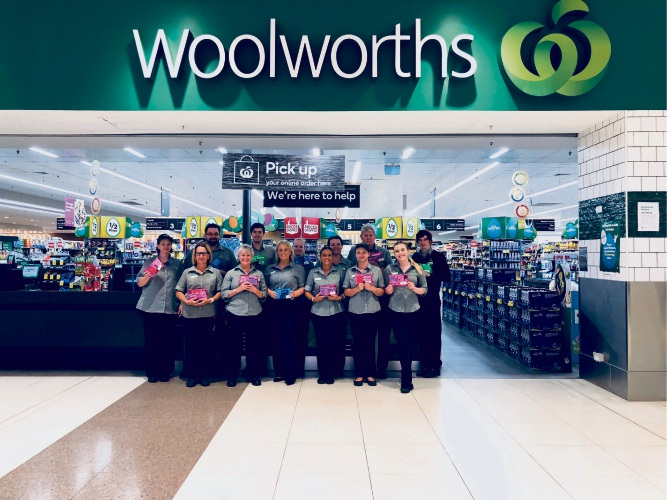 Woolworths Secret Harbour team presented care packs to children in PMH
