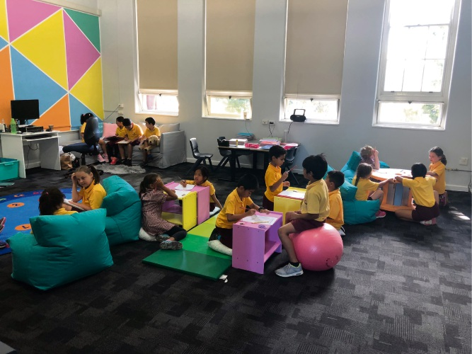 Osborne Primary School students have a range of seating options to choose from.