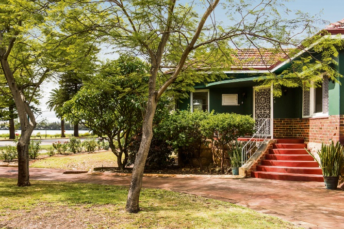 87 Lake Monger Drive, Wembley – Auction, April 7 at 1:30pm