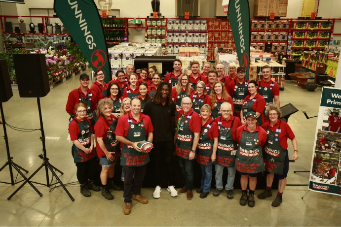 West Coast Eagles ruckman Nic Naitanui with Bunnings Warehouse Bayswater staff.