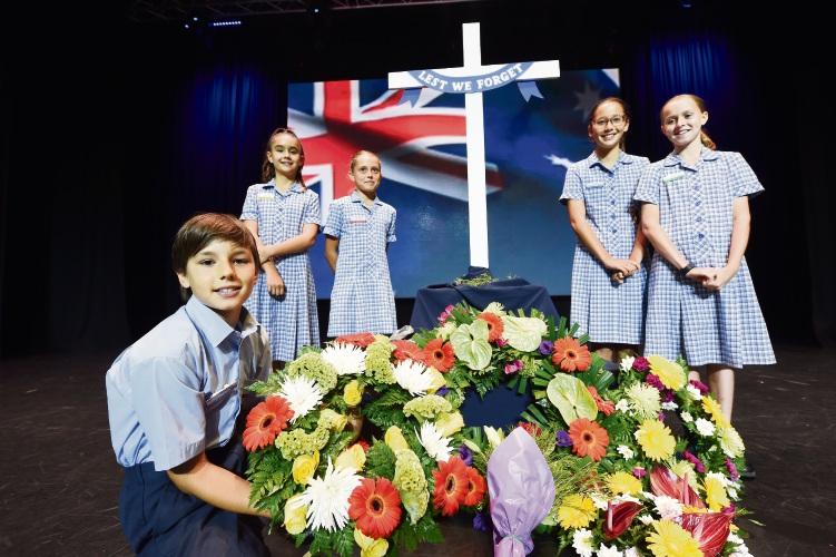 Mandurah Baptist College Year 6 students Mia Spagnolo, Tiarne Wyburd, Anela Stockton, Aiva Lillis and Tyler Hyde (front). Picture: Jon Hewson www.communitypix.com.au d480772