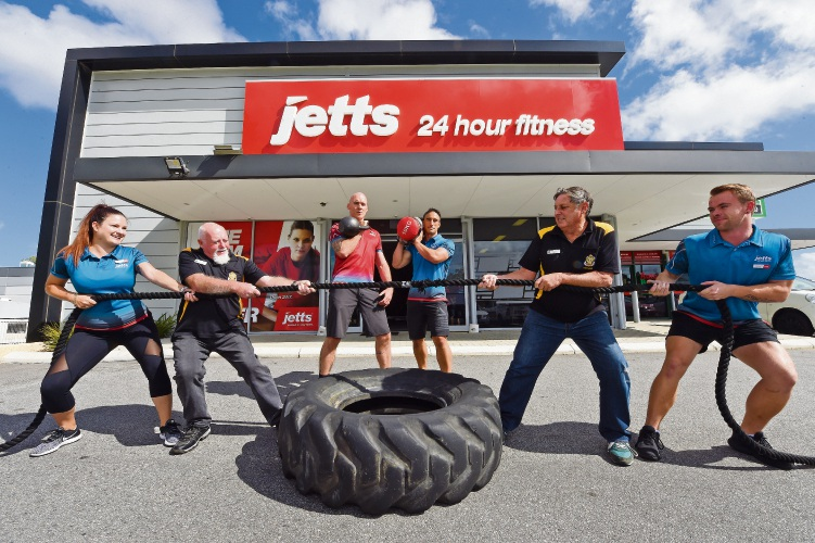 Jetts Kwinana's Rachael Hewson, Ian Turner (Kwinana RSL), Darren Twissell, Ricky Daniels, Dave Spillman (Kwinana RSL) and Jacques Lombaard. Picture: Jon Hewson www.communitypix.com.au d481709