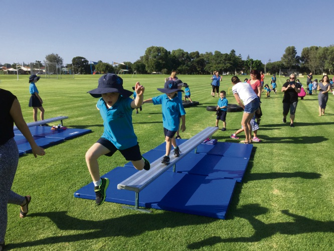Mindarie Primary School students took part in a ninja warrior obstacle course to raise funds for water tanks.