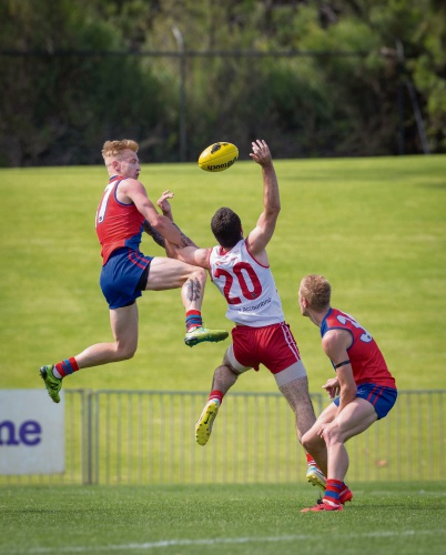 West Perth's Kody Manning in battle with Blaine Johnson. Picture: Dan White