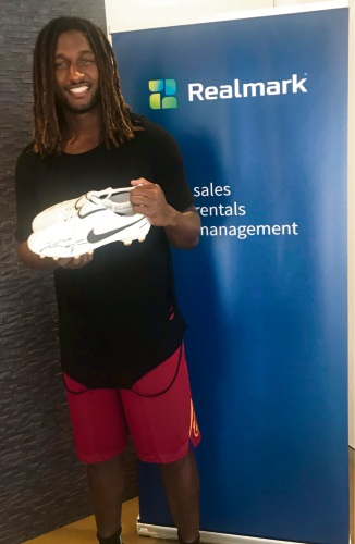 Nic Naitanui's boots auctioned for Racing for MNDi