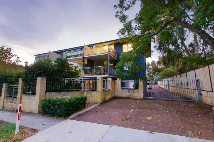 18/84 Subiaco Road, Subiaco – Offers in the low $400,000s