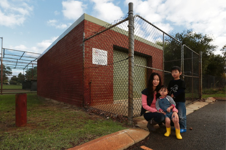 Rina Fu with Astrida and Kazkan. Picture: Martin Kennealey www.communitypix.com.au   d482026