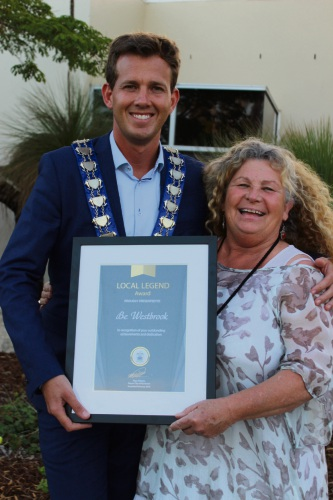 Mayor Rhys Williams with Be Westbrook and her award.