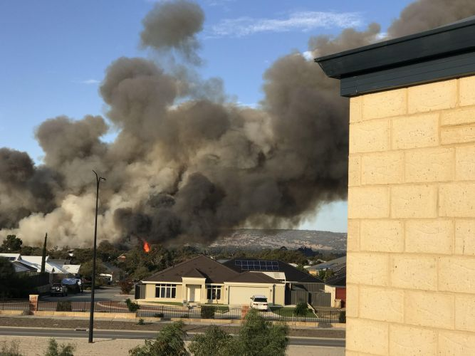 The fire in Aveley. Picture: Kylie Taylor.