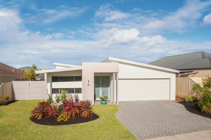 16 Augusta Parade, Dunsborough – $535,000