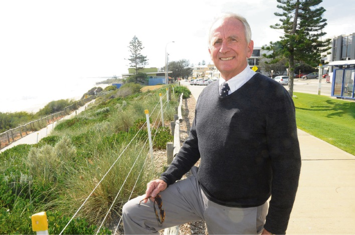 Chris Shellabear says his proposal could be ready within three to six months for a sea pool south of Barchetta cafe, North Cottesloe. Picture: Jon Bassett
