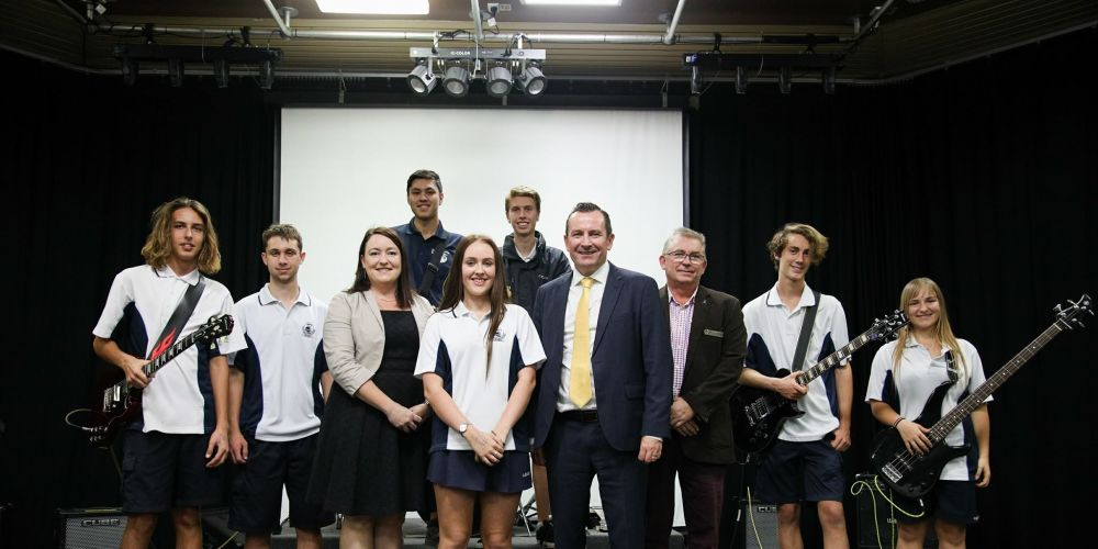 Joondalup MLA Emily Hamilton, Premier Mark McGowan and Burns Beach MLA Mark Folkard with Ocean Reef Senior High School students at today's funding announcement.