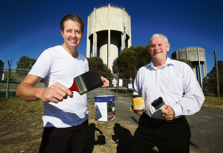 Councillor Stephen Pratt with Mayor Logan at the Water Towers which will get a mural makeover. Picture: Matt Jelonek www.communitypix.com.au   d482687