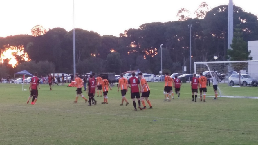 MUM FC prepare to attack a corner during its 1-0 win over Curtin University.