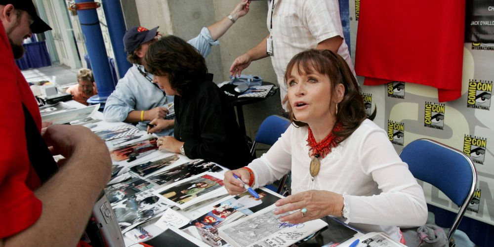 Actor Margot Kidder signs autographs at Comic Con International 2005 in San Diego, California. Picture: Sandy Huffaker/Getty Images.